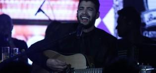 Gusttavo Lima comemora aniversário em show…