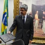Relatório final da CPI diz que Petrobras foi vítima de cartel de empreiteiras…