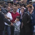 """Migrações: União Europeia registrou 800 mil """"entradas ilegais"""" em 2015…"""
